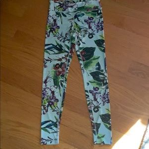 Beautiful Floral legging!